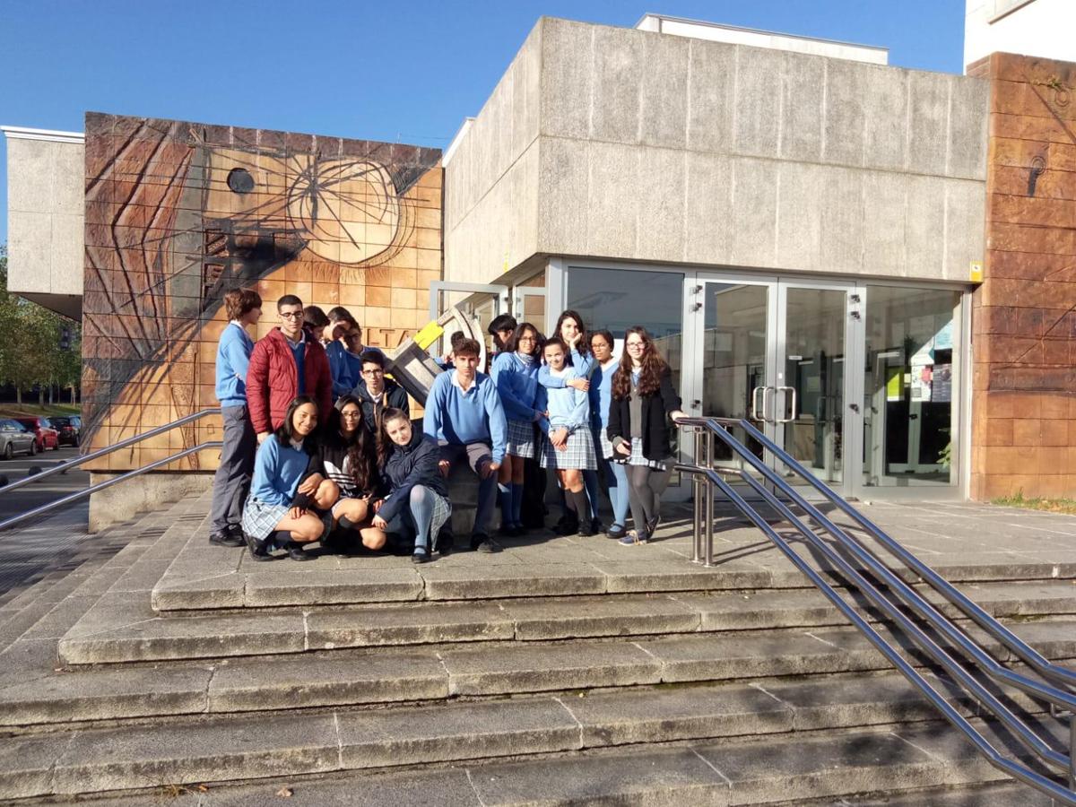 Estudiantes del colegio La Purísima 'tocan la ciencia'