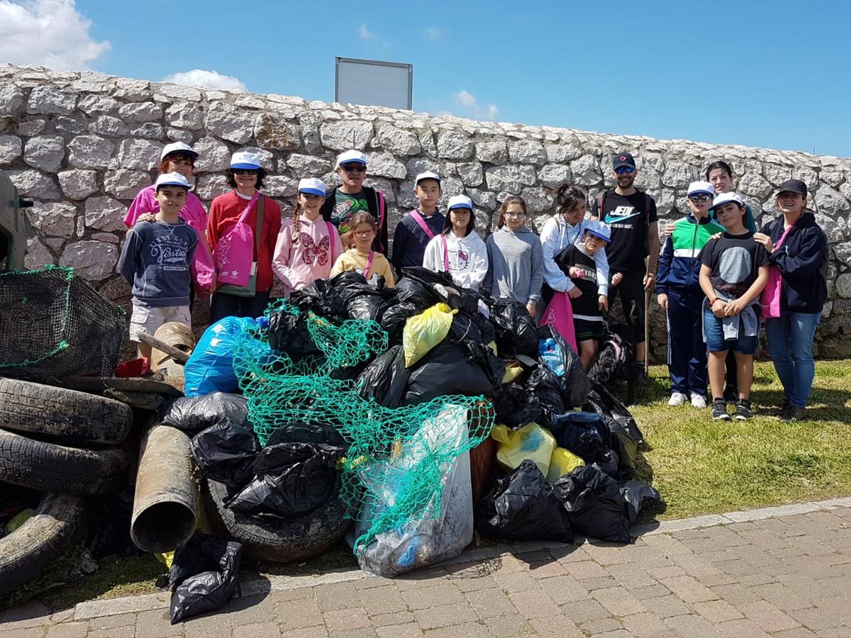 Por una playa más limpia y libre de plásticos